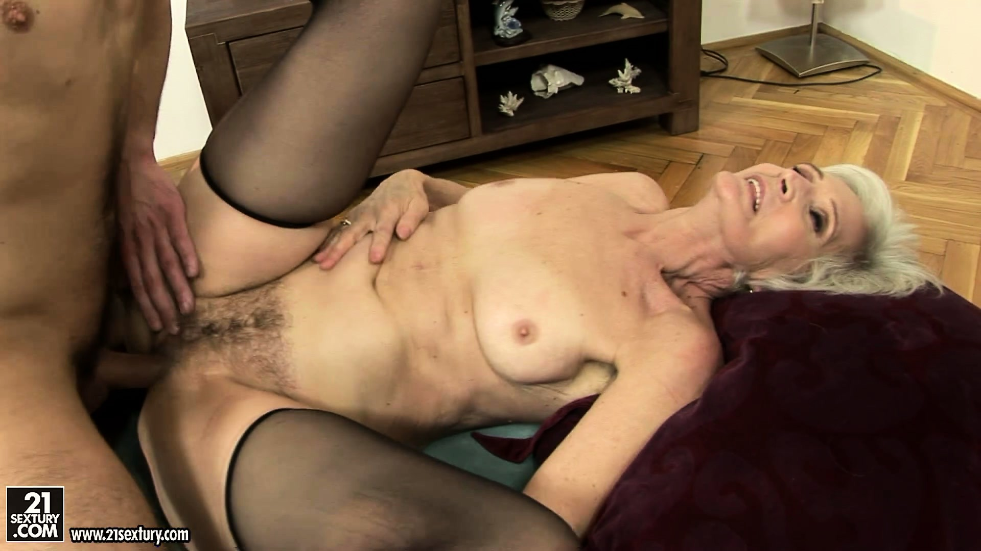 Porno Video of Cyber-granny Gets Banged And Creamed In And On Her Mossy Bush