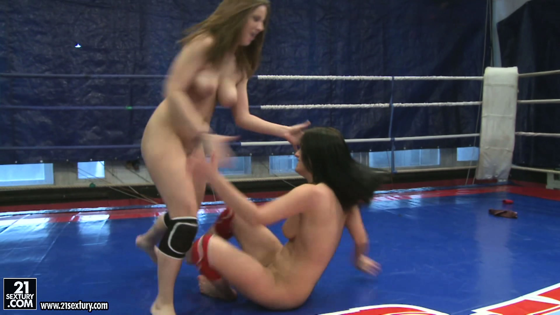 Porno Video of Two Rough Lesbian Bitches Throw Each Other Naked Around The Ring