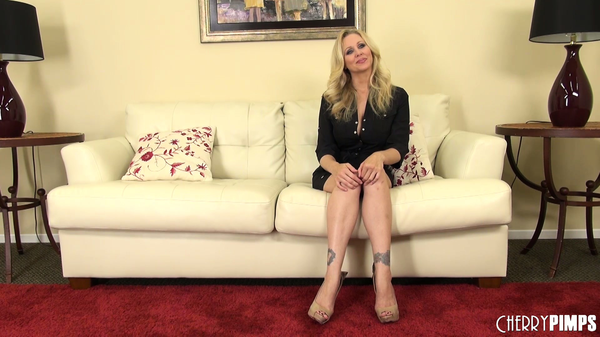 Porno Video of Julia Ann Sits On The Sunny Yellow Couch And Talks About Her Sexcapades