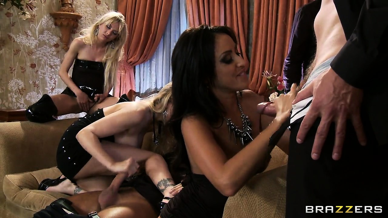 Porno Video of Four Slutty Pornstars Drilled Hard By Three Dudes In A Hot Group Sex Fuck