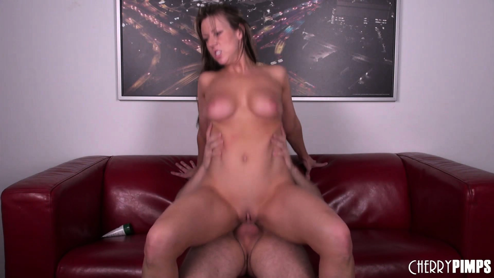 Porno Video of The Gorgeous Milf Surrenders Her Snatch To His Big Rod And Enjoys Great Pleasure