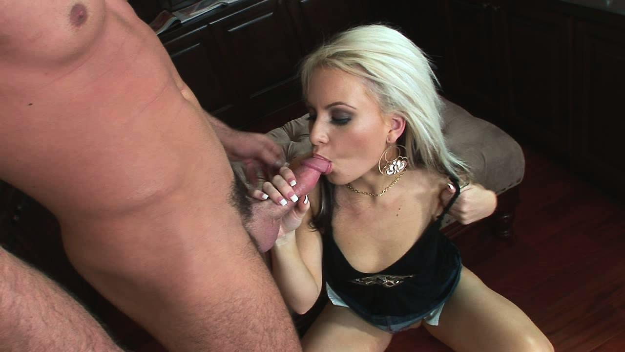 Porno Video of Blonde Barbie Munches On His Bone Before He Nails Her From Behind