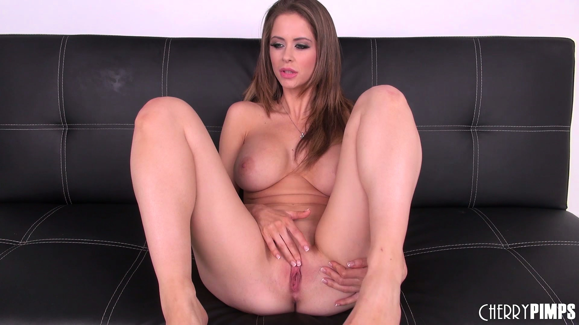 Porno Video of Emily Addison Is Posing In Naughty Ways And Hopes For A Wet Snatch To Play With