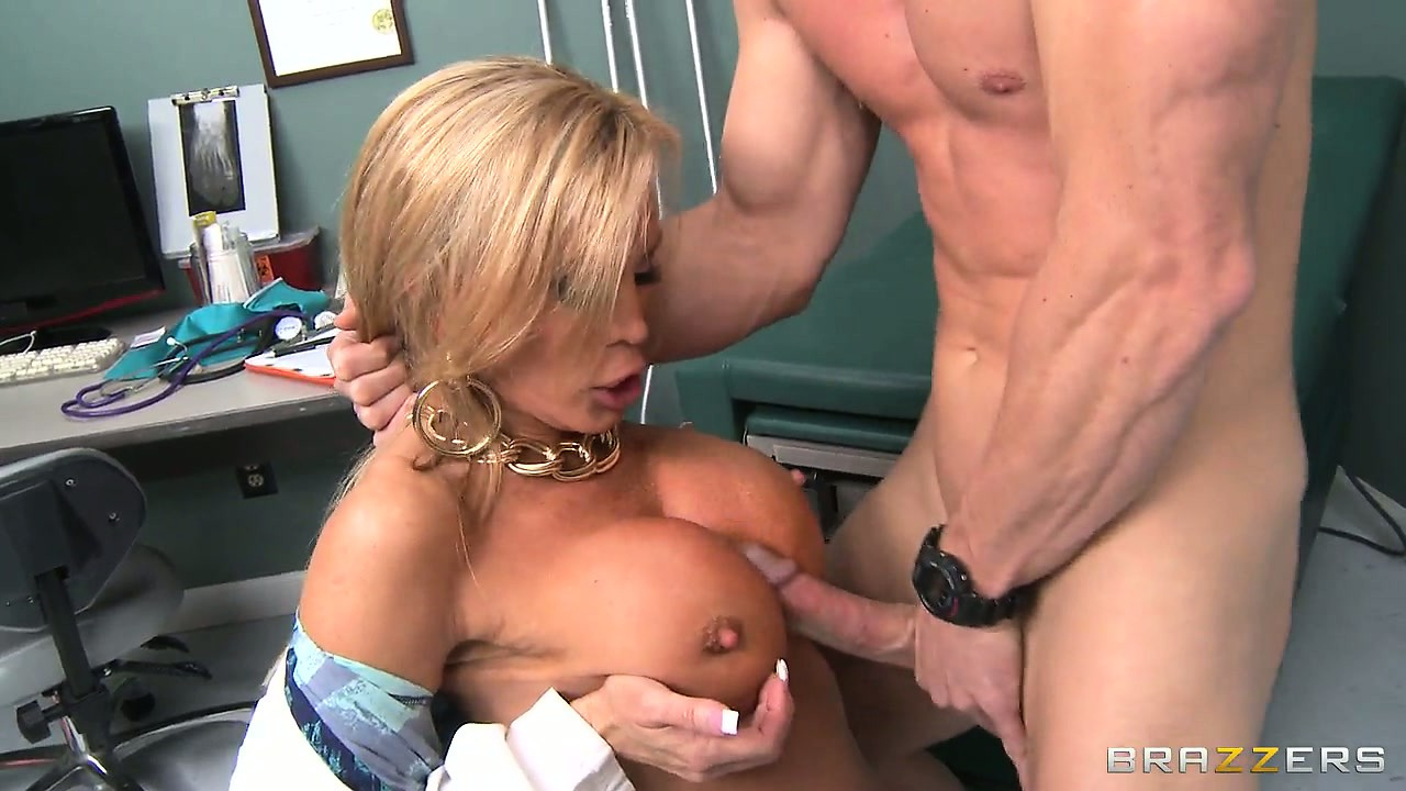 Porno Video of Busty Nurse Feels She Just Has To Examine This Boner With Her Mouth