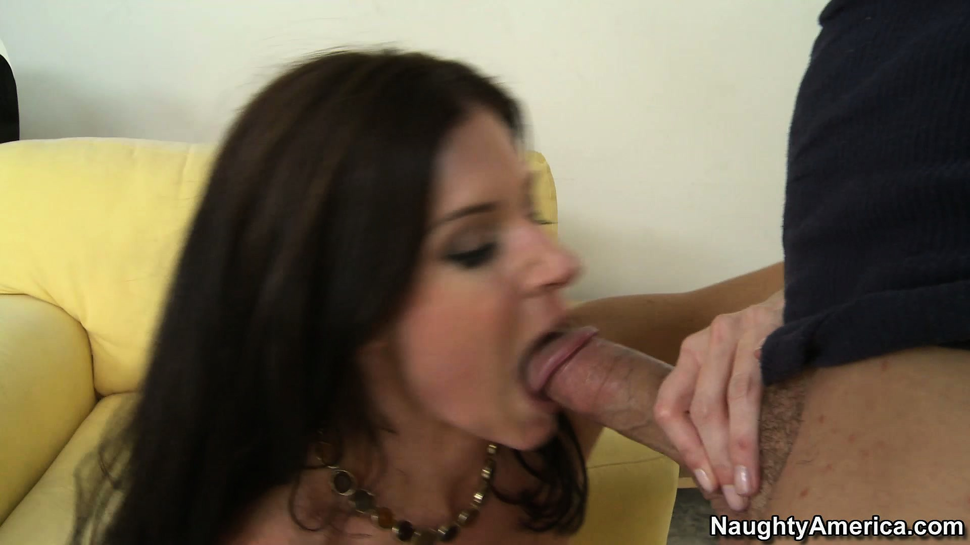 Porn Tube of Excellent India Summer Has Her Hairy Mound Pricked And Mouth Jizzed
