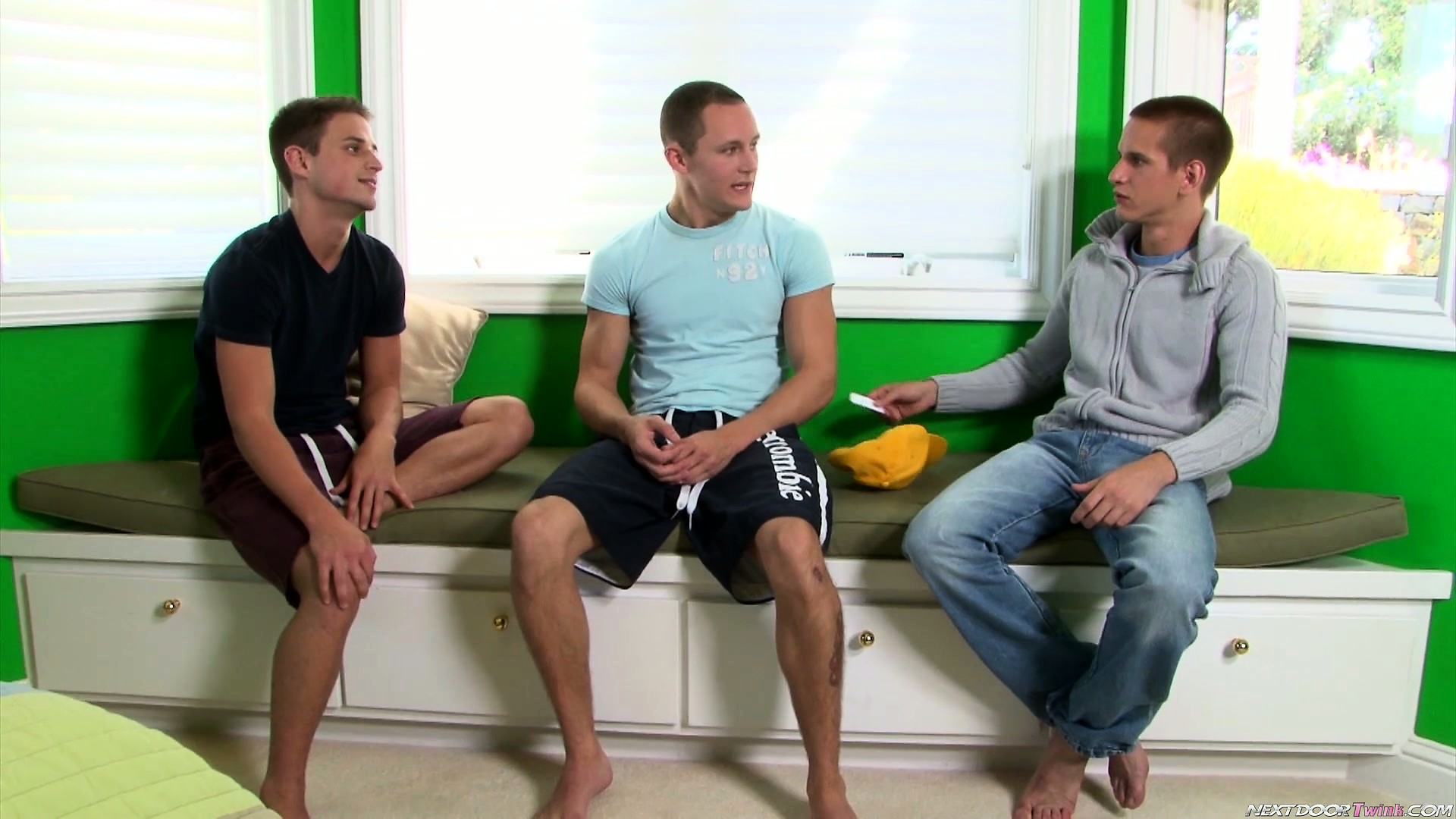 Porn Tube of Three Gays Make A Dare And One Guy Shows Off His Ass For The Others