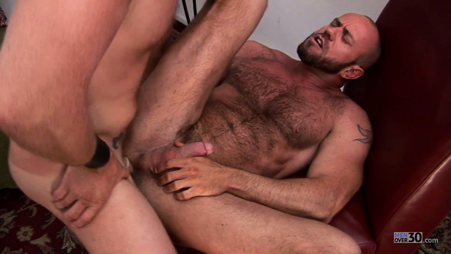 Porno Video of Big Gay Bear Riding A Strong Dick Like A Slutty Little Cowgirl