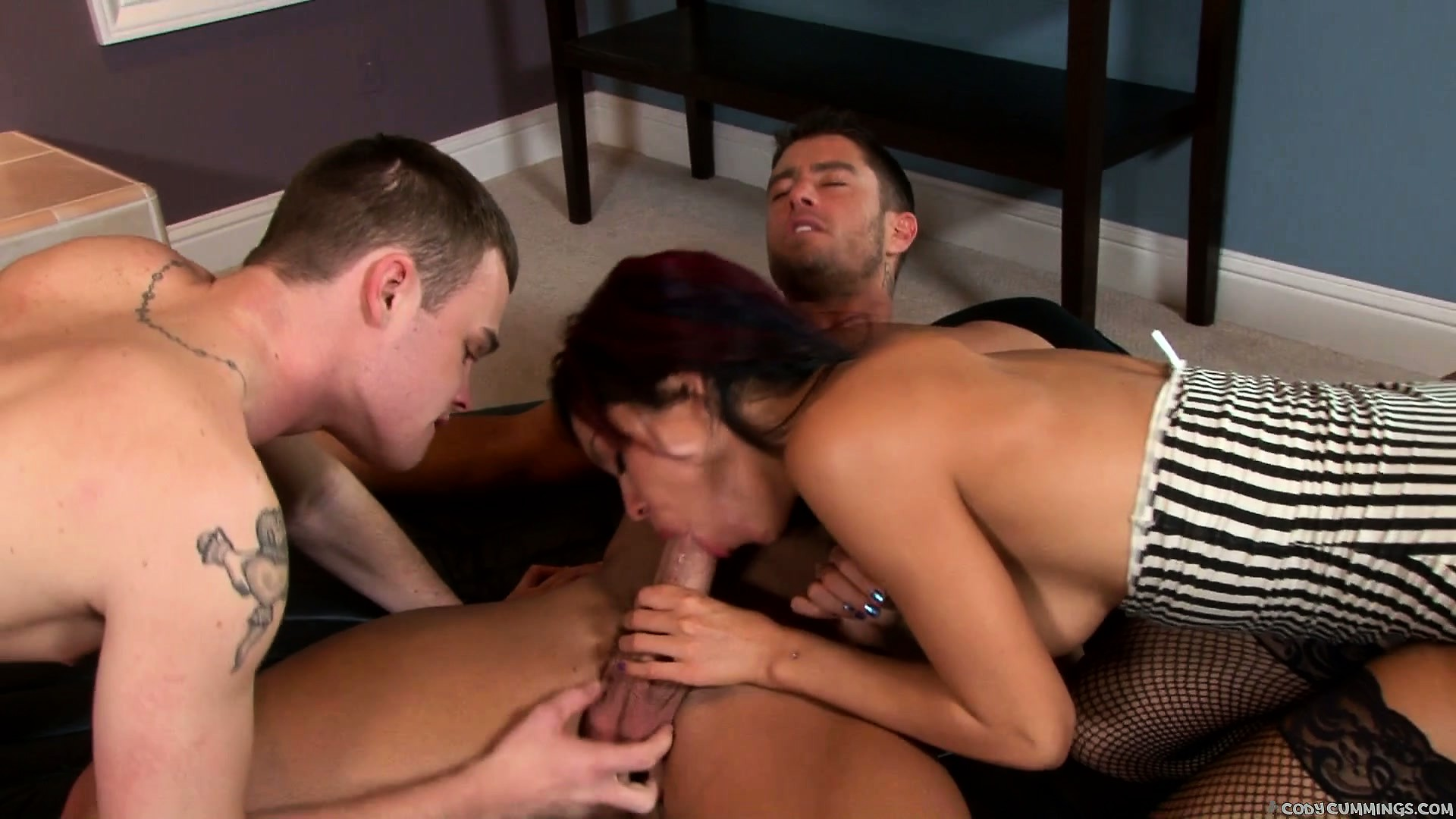 Porn Tube of A Pair Of Bisexual Hunks Gets Down And Dirty With A Brunette