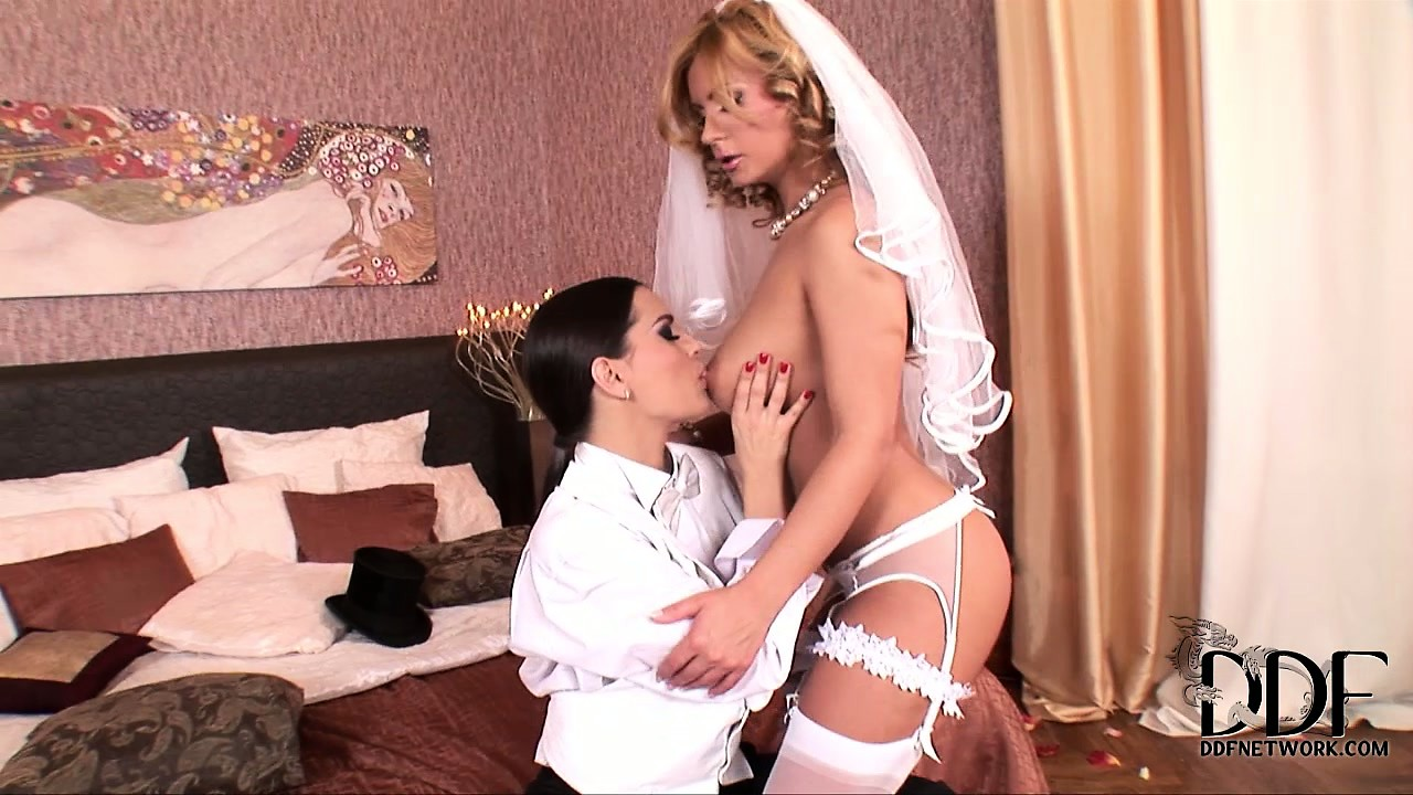 Porn Tube of New Sexy Lesbian Bride Gets Strapon Fucked By Her New 'husband'