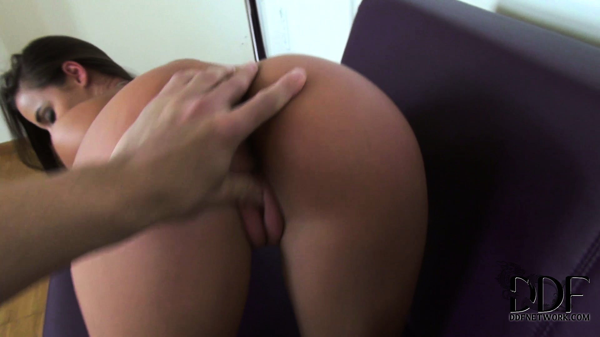 Porno Video of The Mover Is Moved By His Moving Pov Blowjob Then Helps Her Move