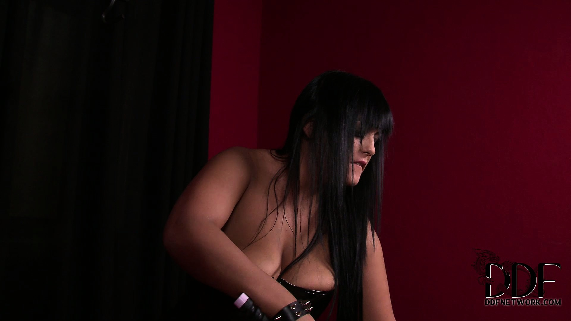Porn Tube of Thick Sex-slave Gets Bound And Teased By Her Sadistic Mistress