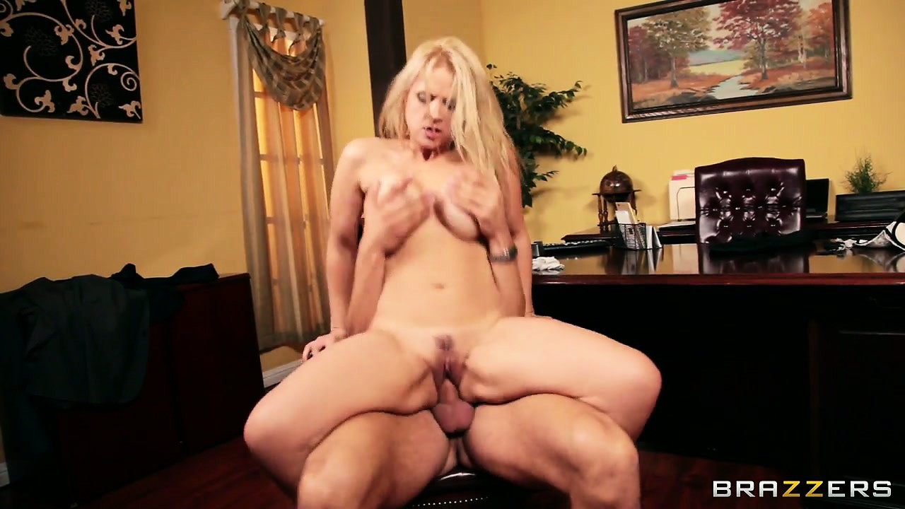Porno Video of Blonde Office Worker Tit-fucks And Blows Her Man As Foreplay