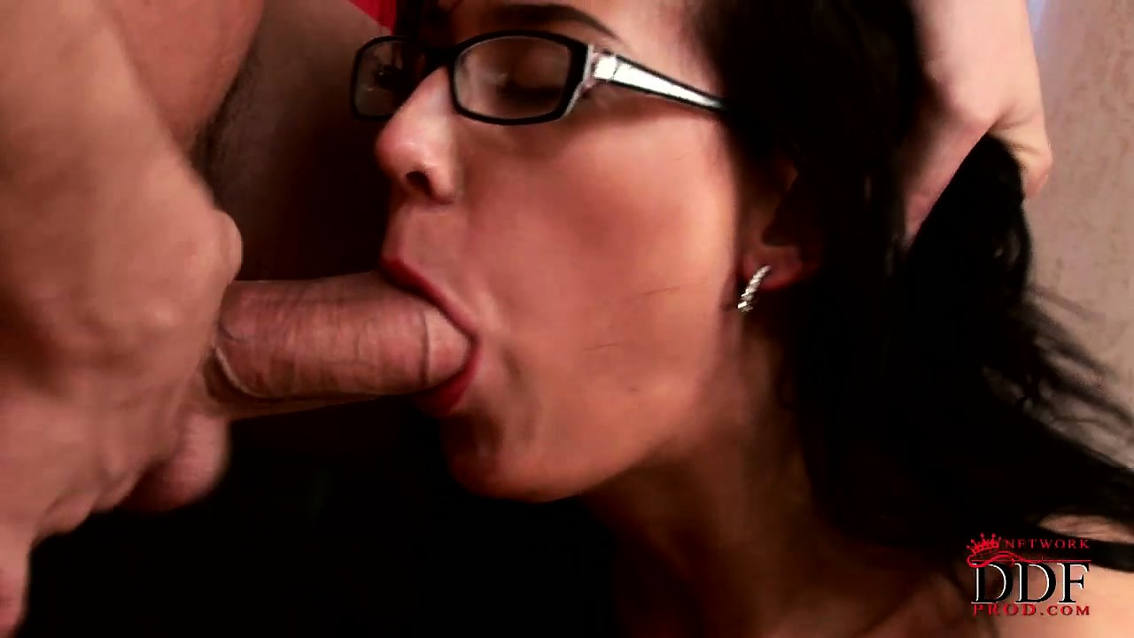 Porn Tube of Nerdy Girlfriend Sucks His Cock And Licks His Balls And Gets Face Fucked
