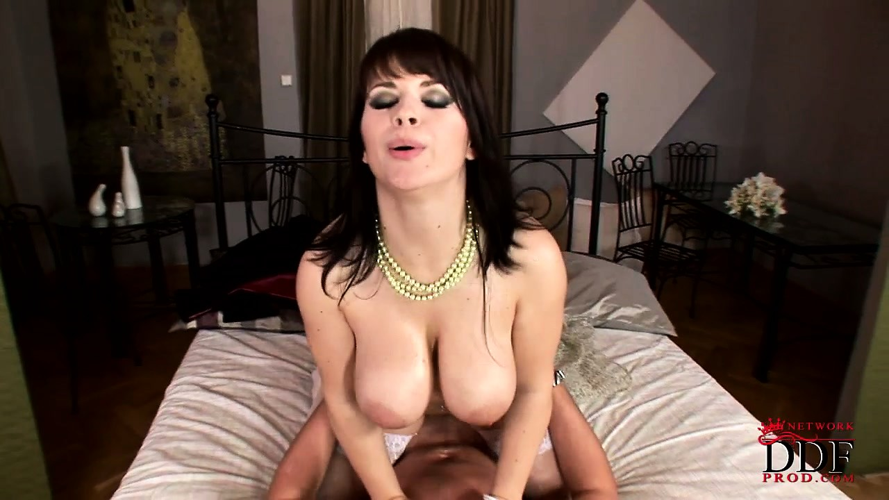 Porno Video of Busty Brunette Gets A Cumshot After Pleasing Her Man's Member