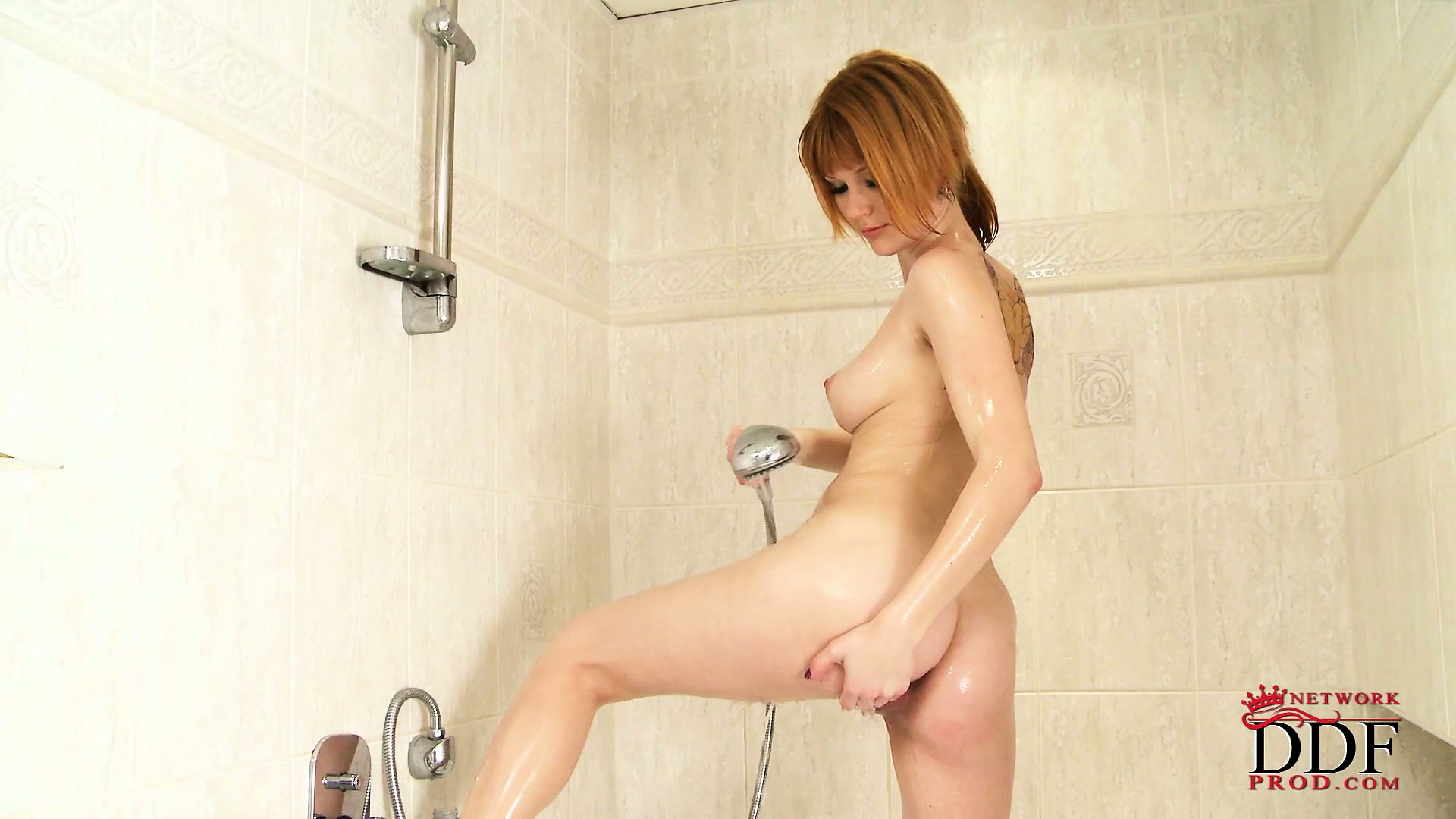 Sex Movie of Beautiful Girl Reveals Her Adorable Tits, Superb Ass And Tight Shaved Twat In The Shower