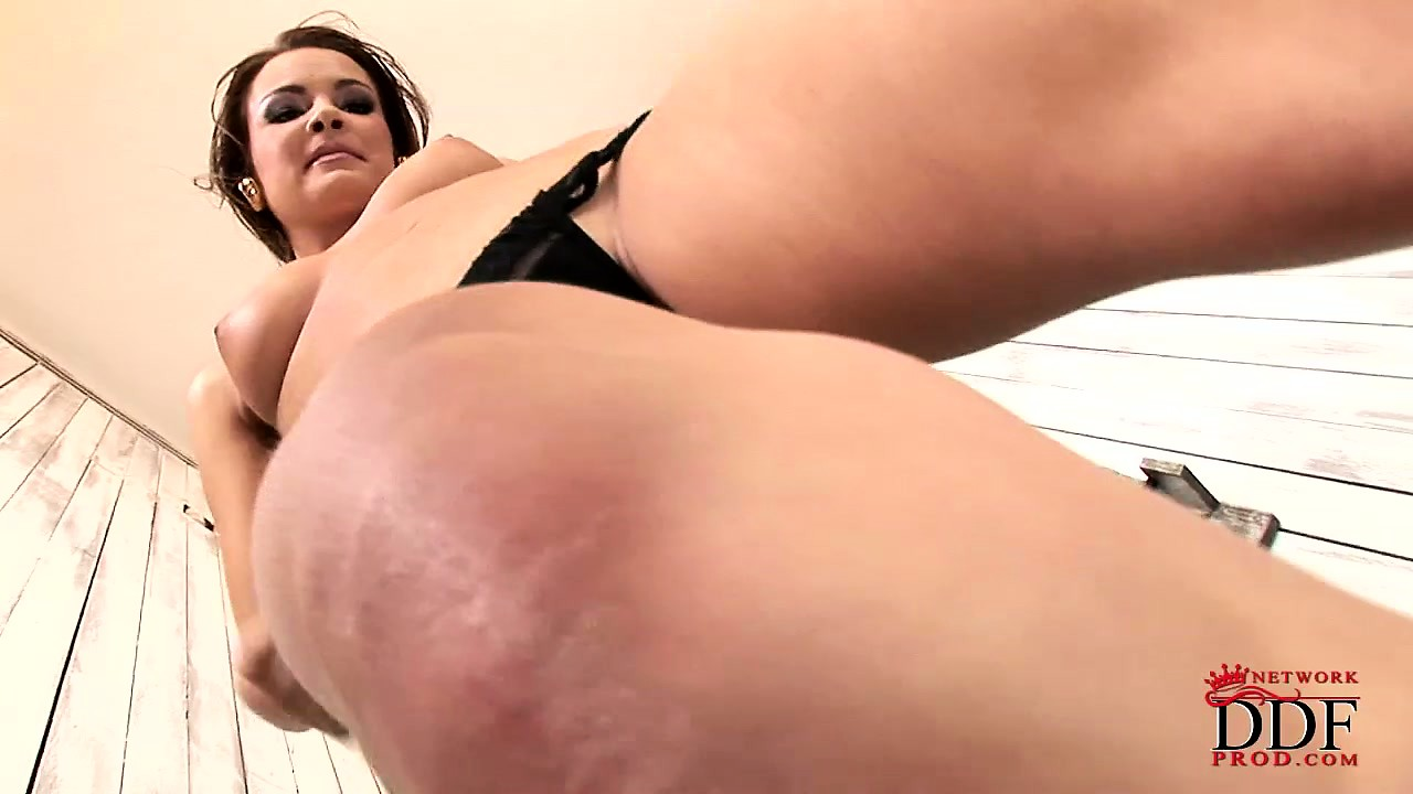 Porno Video of Sexy Slender Babe With A Hot Ass Drives Her Shaved Pussy To Orgasm With A Dildo