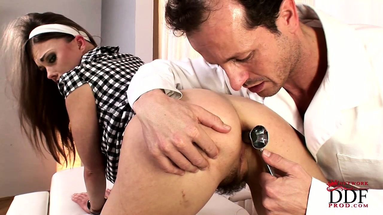 Porno Video of She Goes To A New Doctor, The Examination Tools Makes Her Body Shake