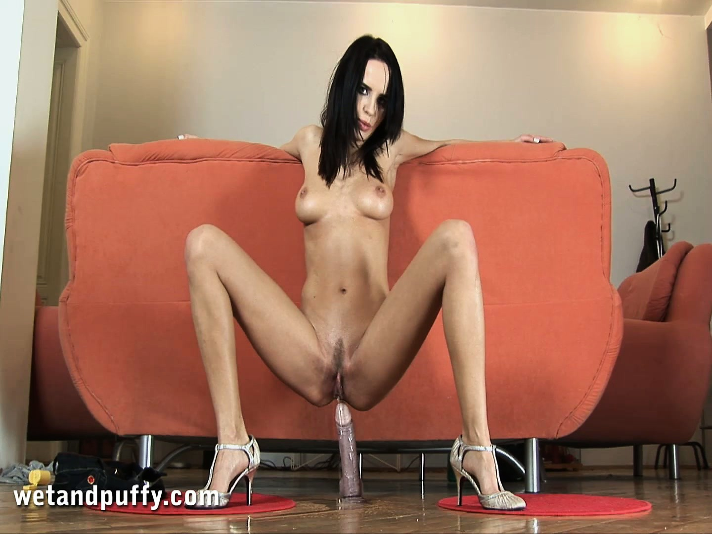 Porn Tube of Skinny Tart Jams Herself With A Dildo So Big It Makes Her Pee