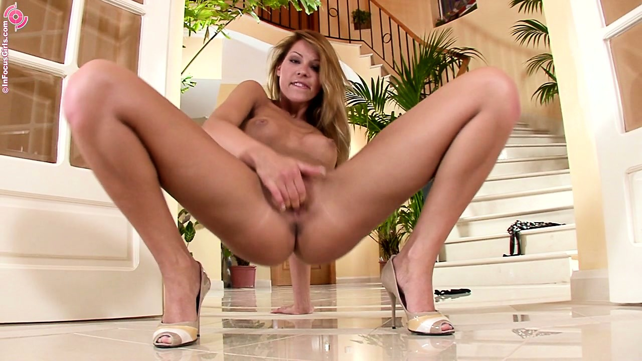 Porno Video of Brunette Babe In High Heels Spreads Her Gaping Pussy Wide Open