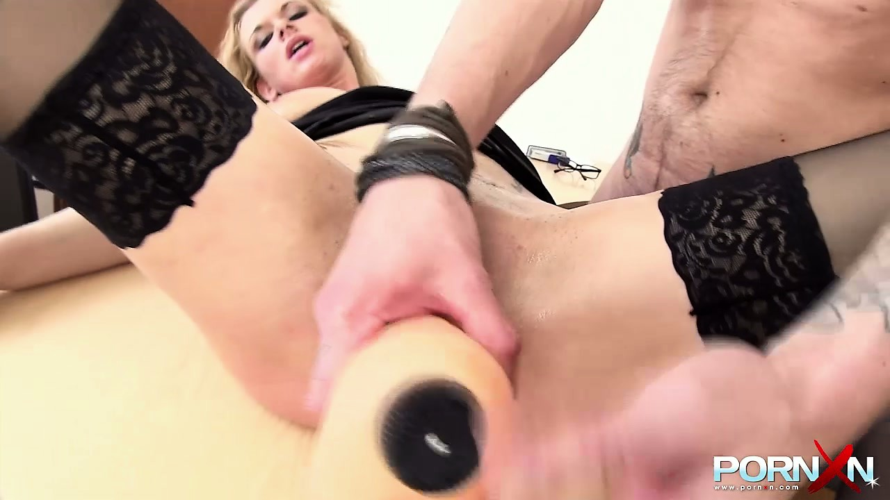 Porno Video of In The Office, A Blonde With Big Tits Sucks A Cock Eager To Have Her Holes Stretched
