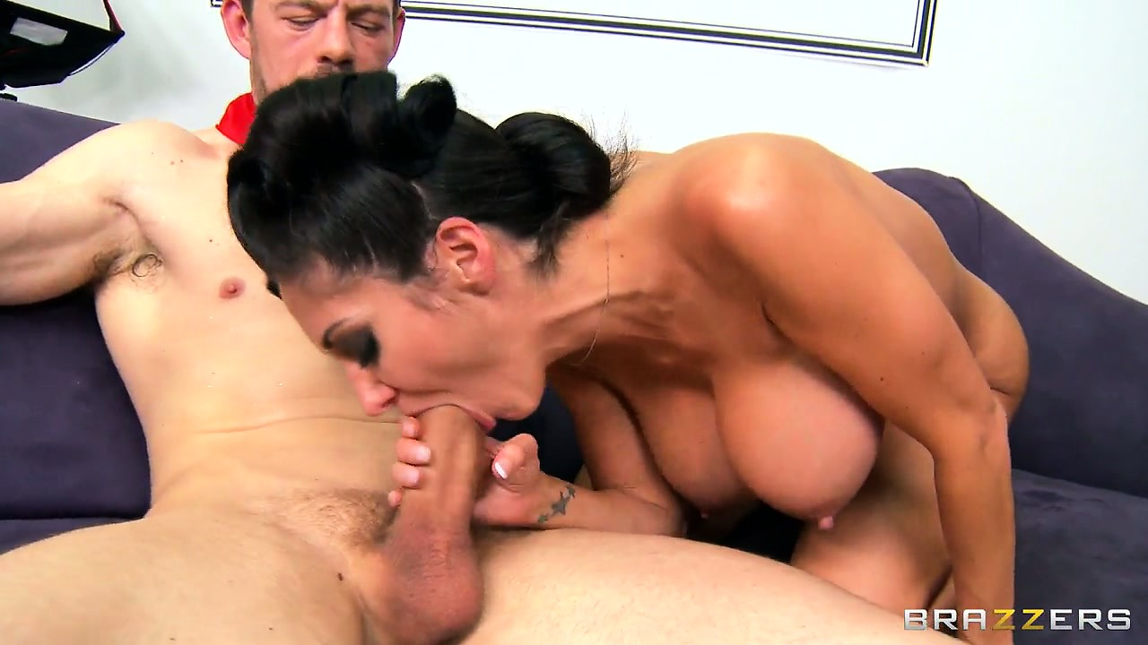 Porn Tube of Watch How This Brunette Bombshell Gets Screwed Missionary Style