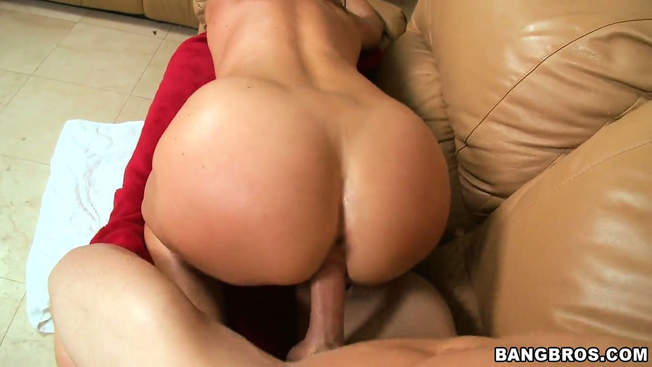 Porno Video of Shaved Slit Milf Gets Her World Rocked When He Drills Her On The Couch