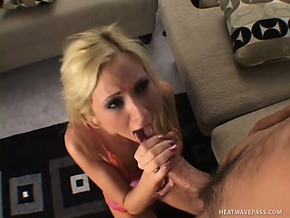 hillary scott's freaky bitch who loves getting her throat fucked