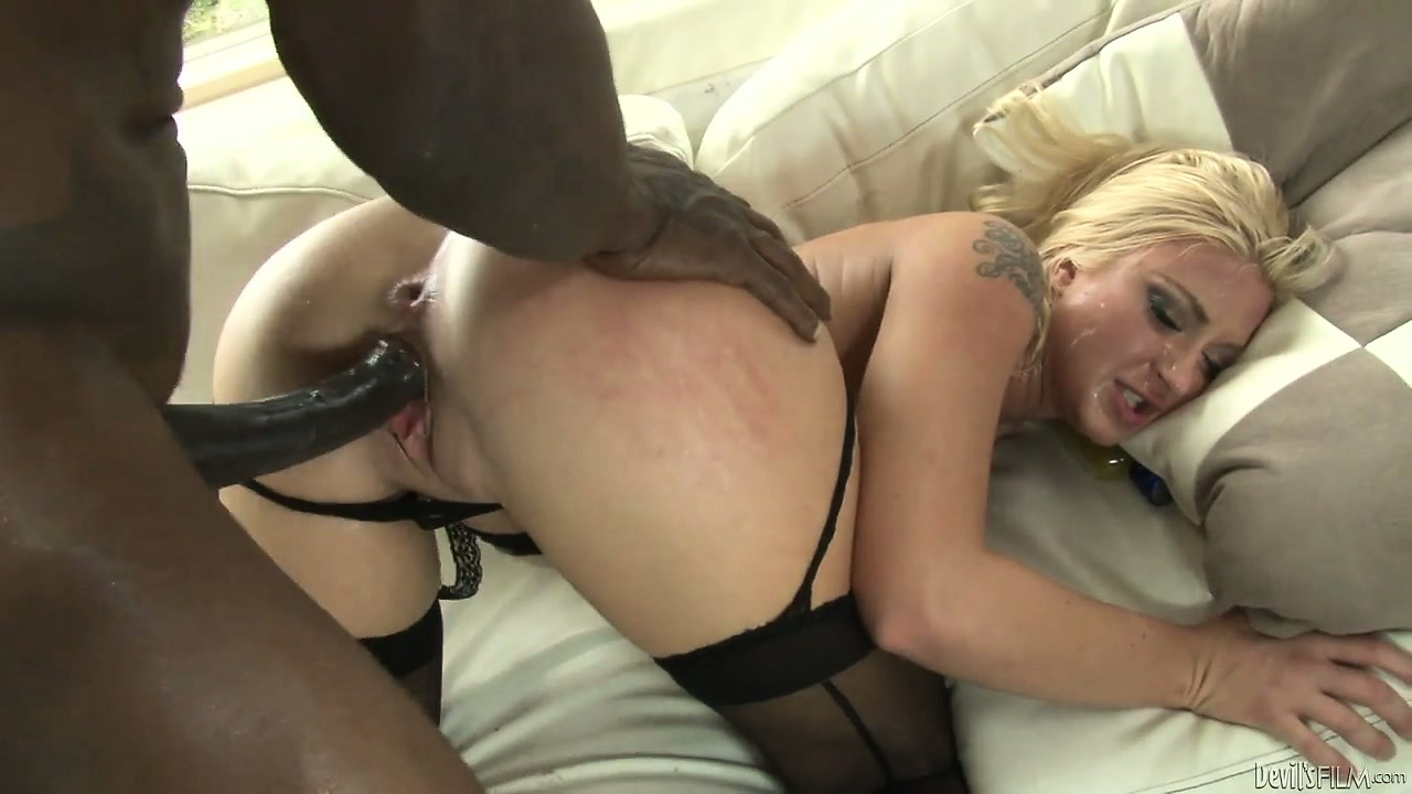 Porno Video of Husband Watches As His Wife Gives A Black Man A Sloppy Blowjob