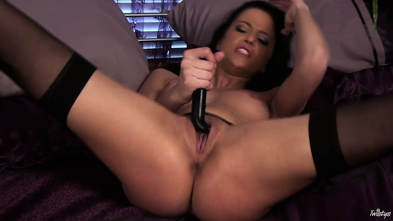 Porn Tube of Her Name Is Kimmy And She's A Slut Who Loves Teasing Her Clit
