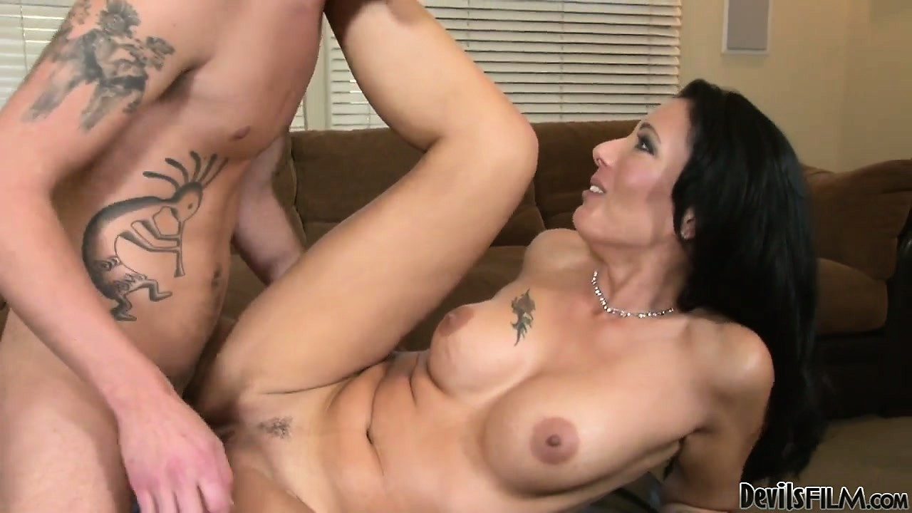 Porno Video of The Hot Babe Rides That Big Cock And Reaches The Peak Of Her Pleasure
