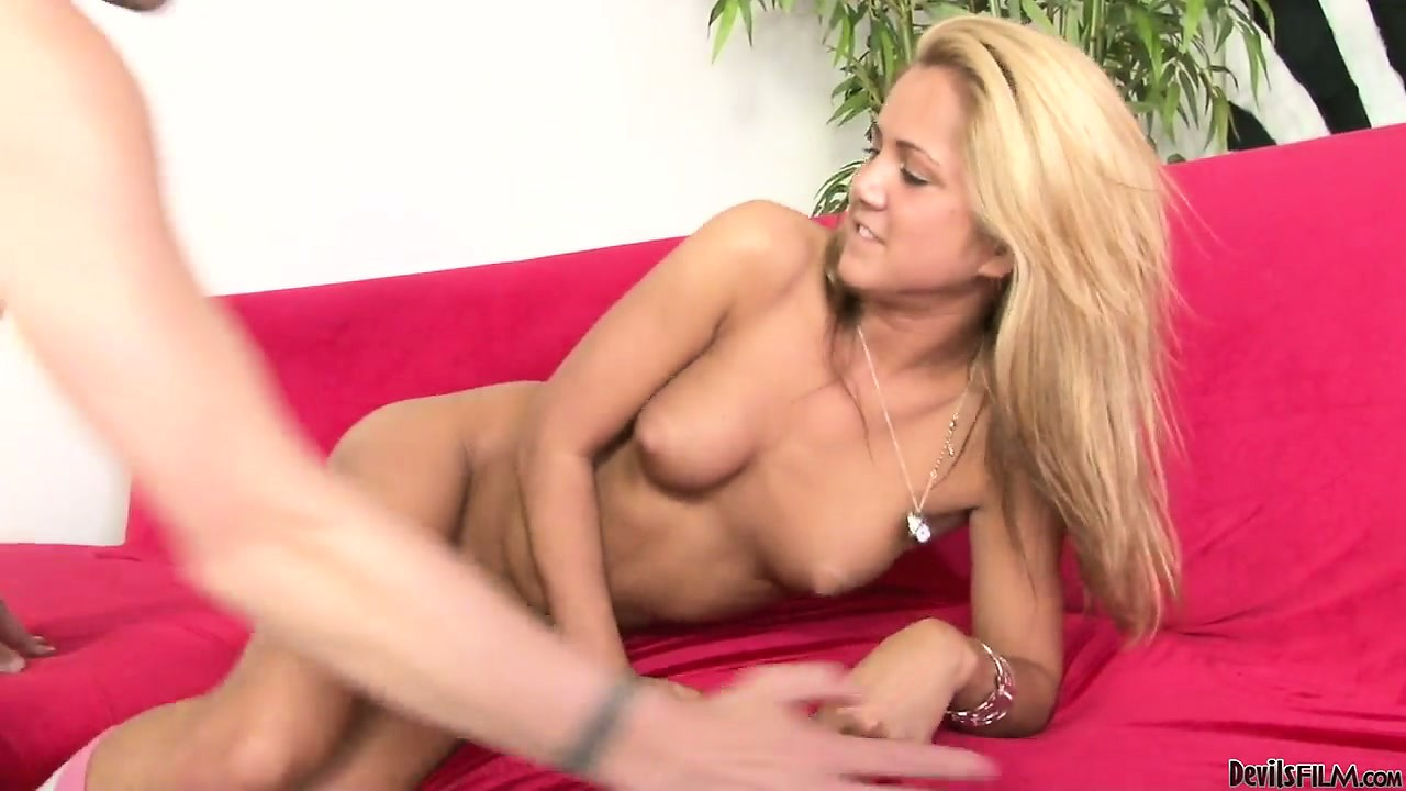 Porno Video of Blonde Babysitter Gets A Sexy Surprise From Her Hung Employer