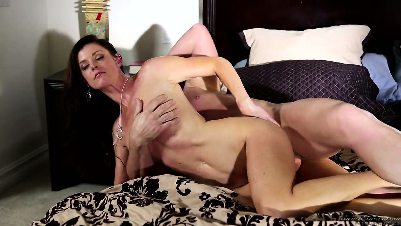Porno Video of Evan Is Busting Her Chops Hard As He Keeps Pounding Her Wet Slit