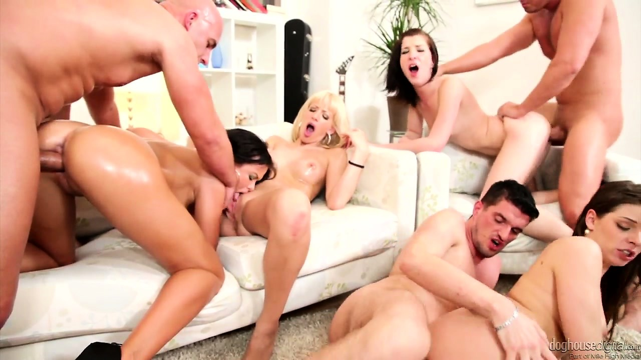 Porno Video of Three Hot Babes Fill The Room With Moans During A Hardcore Orgy