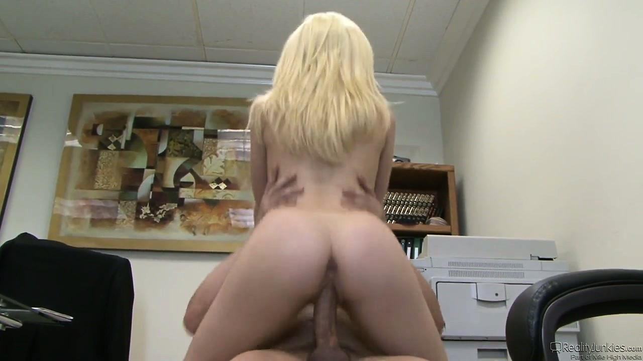 Porno Video of She Rides His Bone On The Office Chair And Then Gets On The Floor