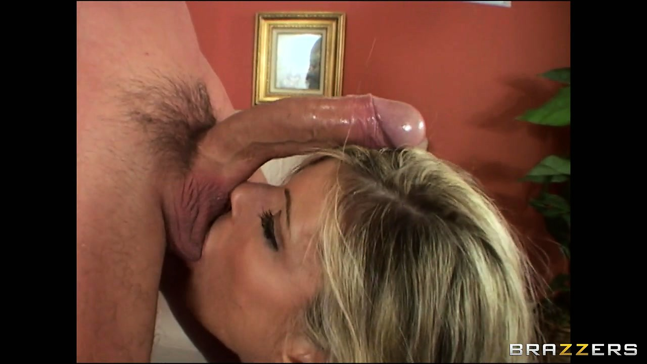 Porno Video of Blonde Cougar Gets Her Tight Ass Fingered And Her Cunt Eaten Out