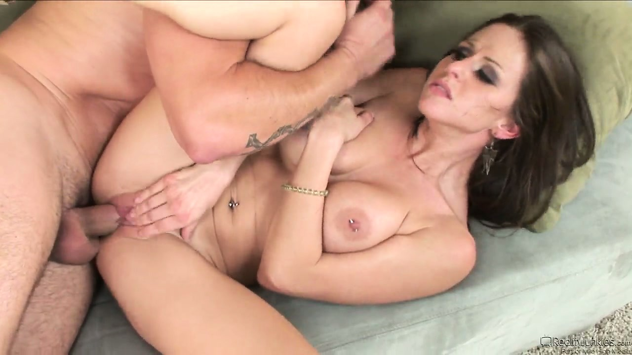 Porno Video of Her Deep Sighs Of Pleasure Instill Him To Pound Her Even Deeper And Faster