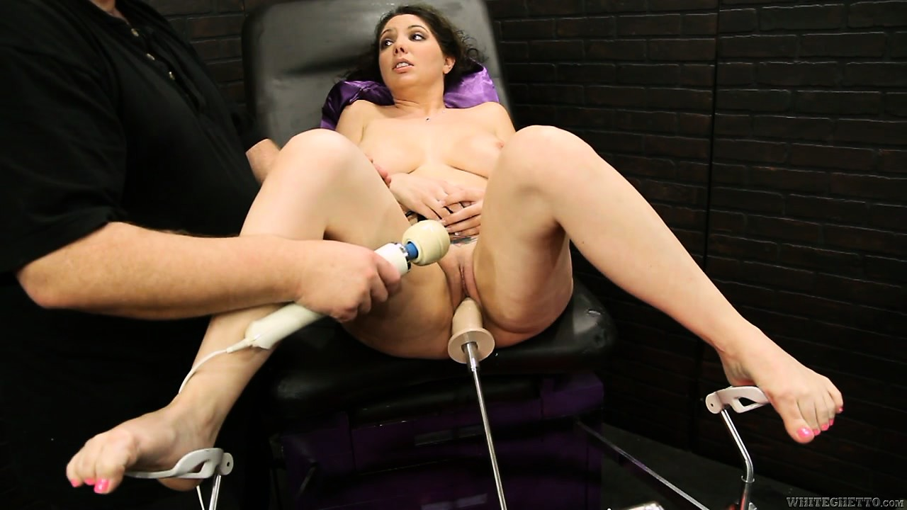 Sex Movie of Brunette Chick Rammed By A Fucking Machine That's Driving Her Crazy