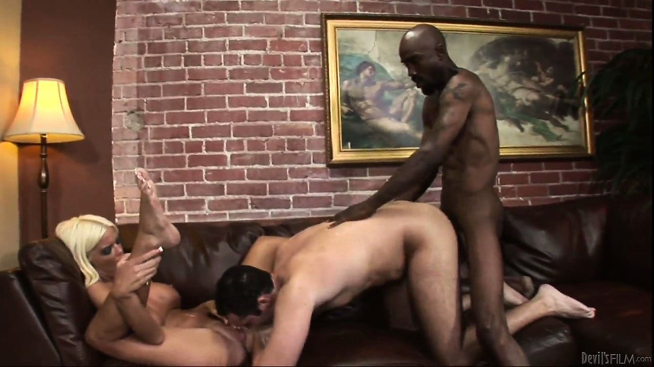 Porno Video of Black Cock Deep Instead Hurts So Good, Causing Pleasure And Pain All At Once