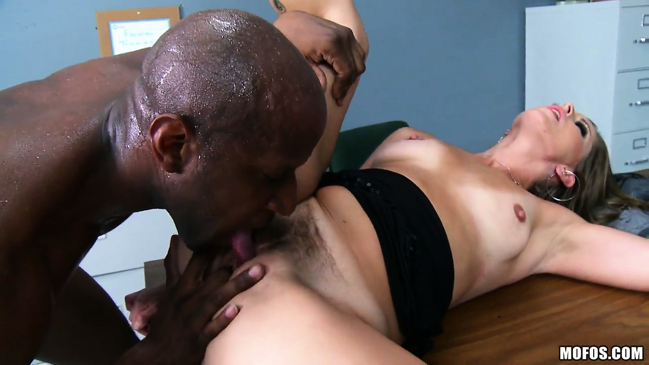 Porno Video of Officer Milf And A Dirty Cop Have Hardcore Interracial Sex On The Office Desk